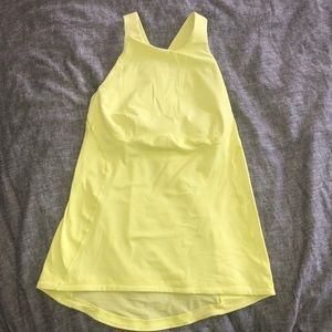 Lululemon yellow tank top w/ built in bra